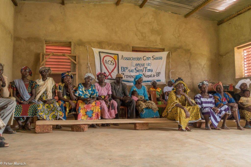 Besuch bei der AIDS-Selbsthilfegruppe, welche unermüdlich Aufklärungsarbeit leistet und den Betroffenen mit Rat zur Seite steht